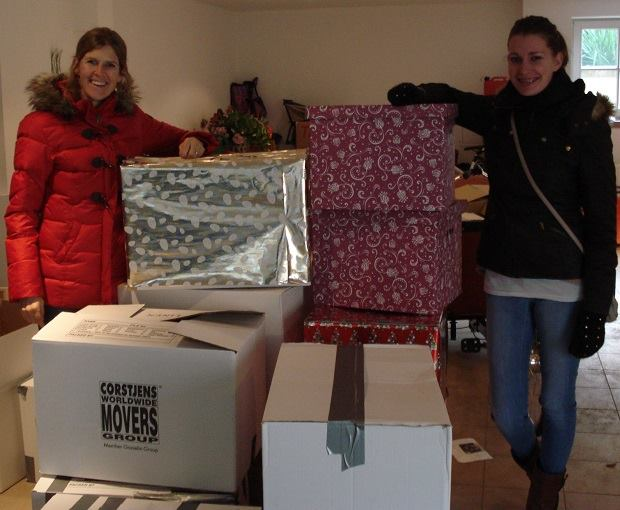 "Dutch organization ""Gevoon Doen!"" organize Christmas packages for families in need"